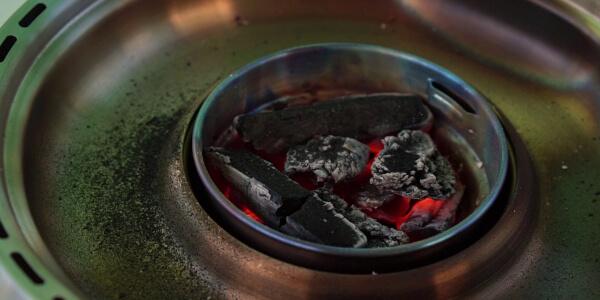 Grillerette Premium von ROWI - sparsames grillen mit Holzkohle